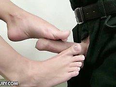 Stunning footjob