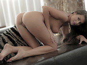 Sultry babe Lia Taylor touching her twat