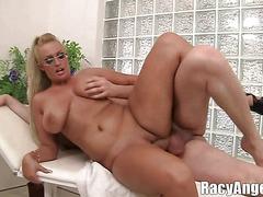 Girlfriend lesbion porno licking