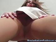 Stocking fetish babe horny in nylons