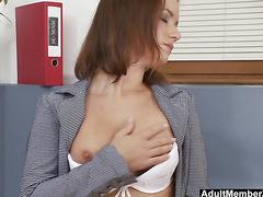 Taking A Little Break For Fingering Her Pussy