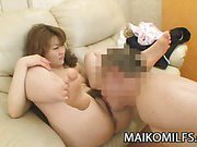 Japan MILF getting her pussy pounded