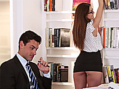 Brooklyn banged by her boss on a table