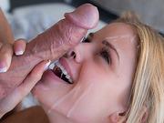 Wonderfull Jenna Rhodes is a pleasure to watch fuck a big hard juicy cock