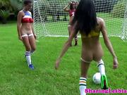 Veronica Rodriguez squirts in lesbian trio