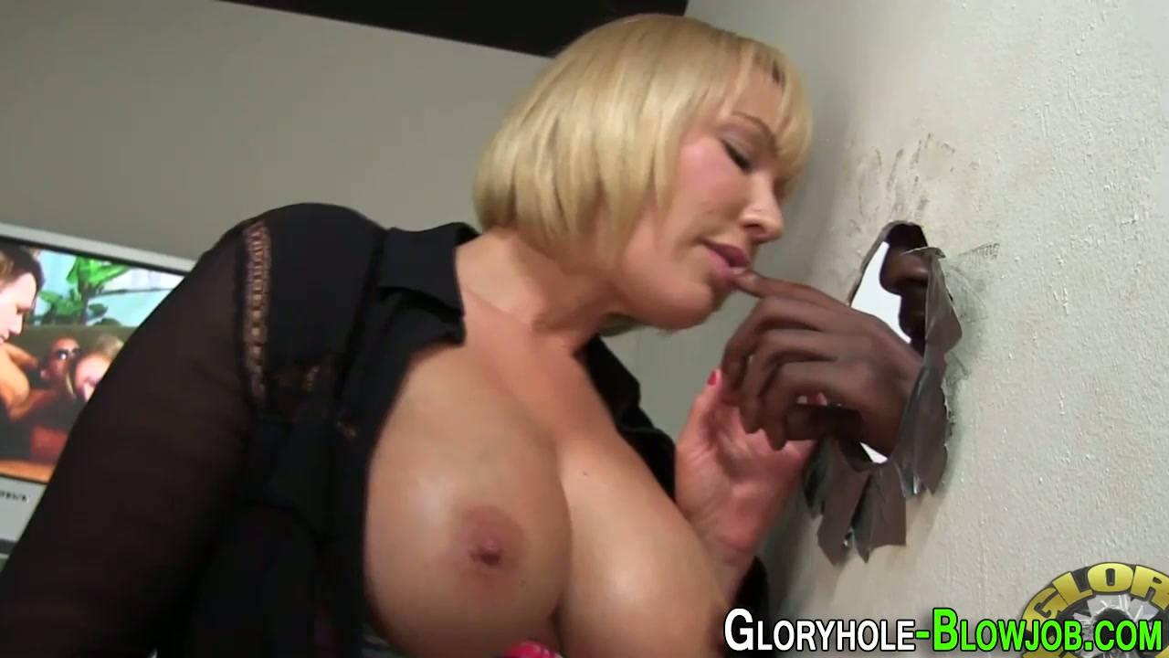 slut takes big black dick - wankoz
