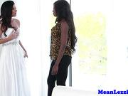 Busty ebony lesbian pussylicked by lezdom