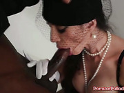 Enjoy Watching Black Widow Blowjob