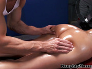 Massage babe Diamond Kitty assfucked