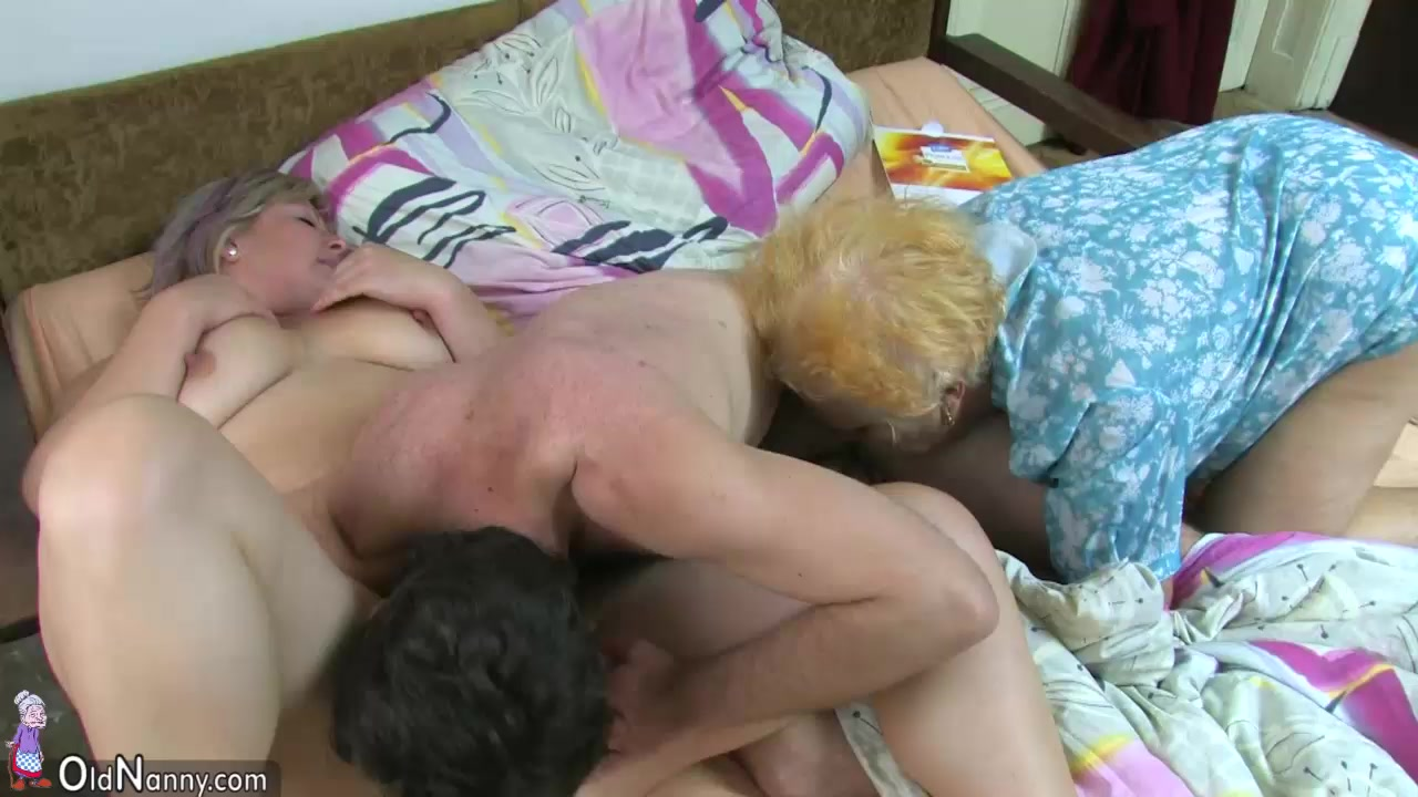Lesbian Threesome Young Old