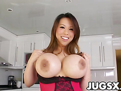 Awesome Tits Babe Tiger Benson