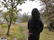 Hot real girl in outdoor fucking