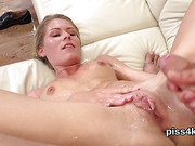 Sweet sweetie is geeting peed on and splashes wet cunt
