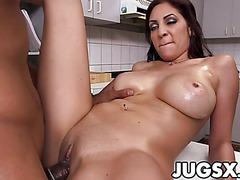 Big sexy tits girl Jazmyn