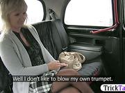 Mature blonde MILF got her pussy licked