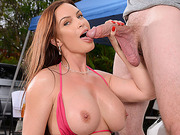 Sexy cougar Diamond Foxxx hot carwash fuck