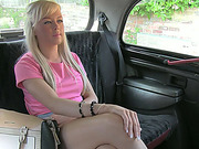 Blonde and busty amateur gives blowjob in exchange of her taxi fare