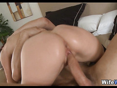 redhead wife babe gets fucked by new man