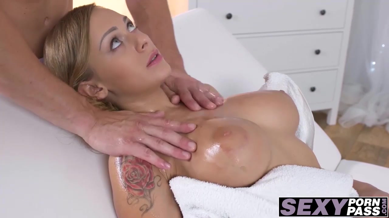 Hot ass massage